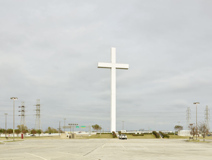 Texas. 58 meters tall cross. Constructed 1995 - American Photographs - P.W.VOIGT PHOTOGRAPHY - INSTITUTE FOR THE HARMONIOUS DEVELOPMENT OF ART AND PHOTOGRAPHY